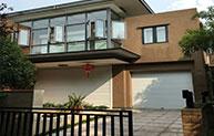 铝合金卷帘窗完美诠释现代建筑艺术