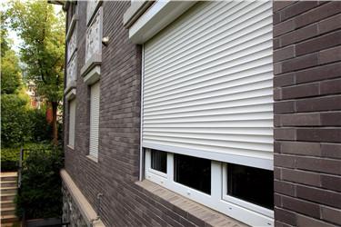 """这才叫防盗卷帘窗,你家的那叫""""装饰窗"""""""