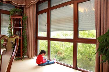 湘联户外卷帘窗为中式风格加注时髦的标签