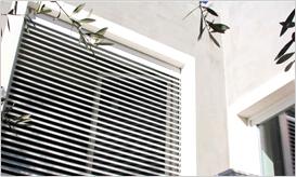 百叶遮阳一体化窗